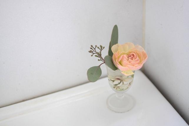 小さな花飾り