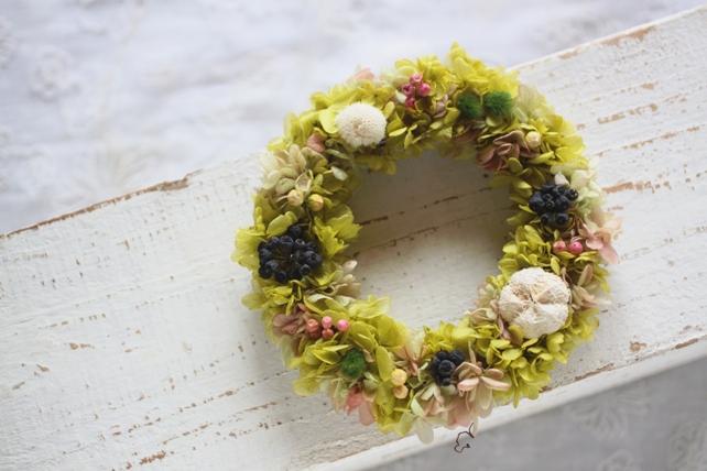 リース・プリザーブドフラワー・紫陽花・実もの2