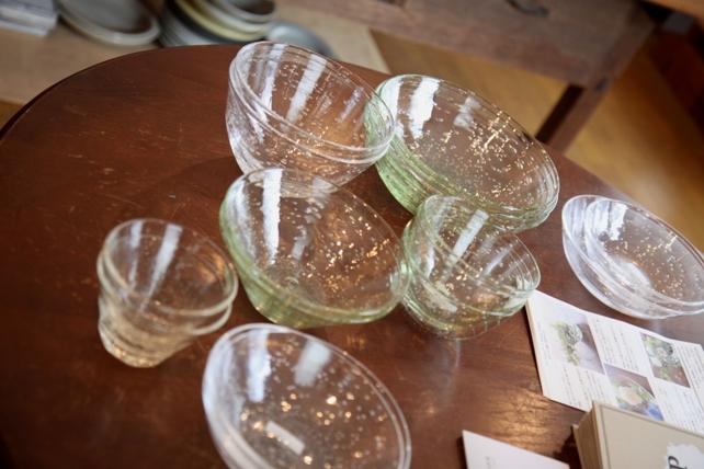 ワークショップ・ガラスの器の花あそび