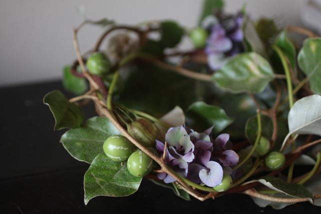 リース・生花・グミの枝と紫陽花のナチュラルリース2
