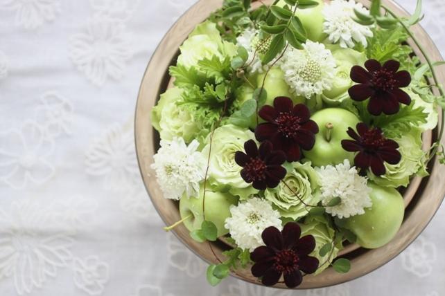 アレンジ(生花)白×グリーン+大人色アレンジ2