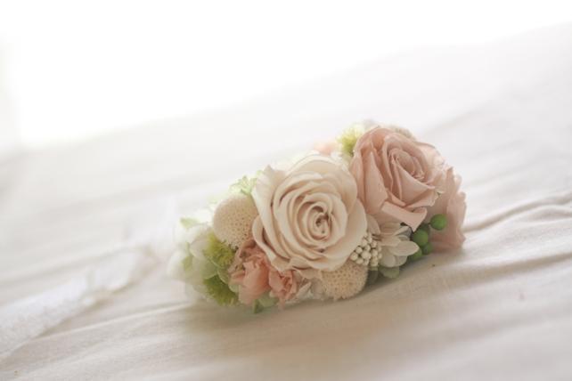 リストレット(プリザーブドフラワー)淡いピンクと白2