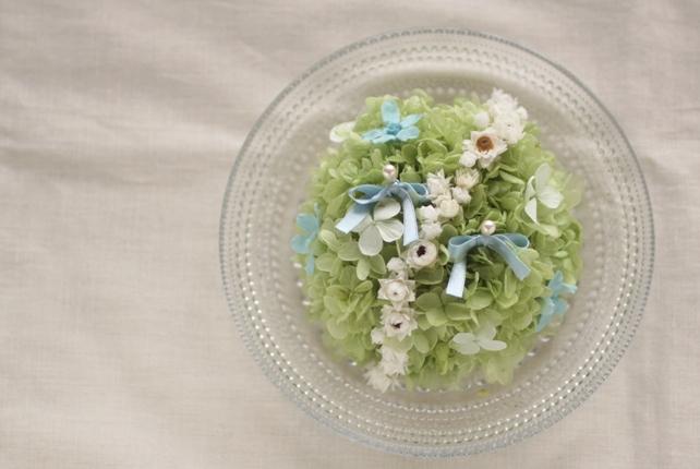 リングピロー(プリザーブドフラワー)紫陽花とブルースターのリングピロー(ガラスの器)