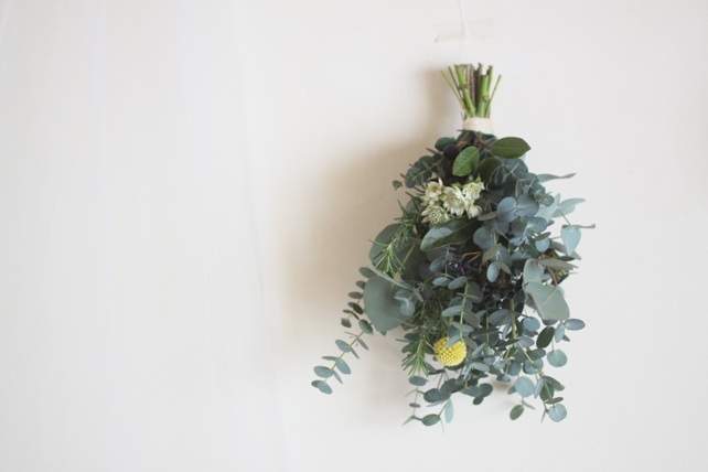 スワッグ(生花)ユーカリとローズマリーのハーブスワッグ