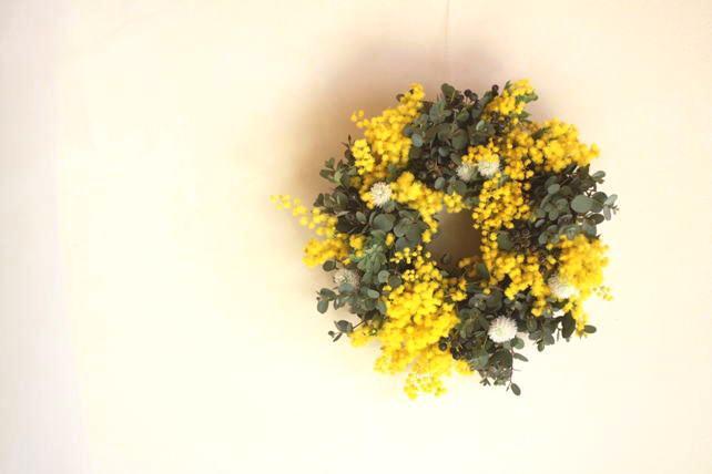 リース(生花)ミモザとユーカリのリース