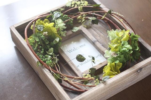 ウェルカムボード(プリザーブドフラワー)古材のフレームに紫陽花とグリーンで森の雰囲気に2