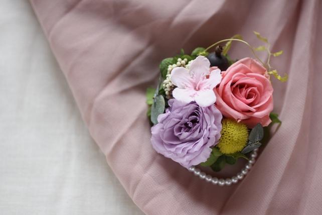 コサージュ(プリザーブドフラワー)桜の入った春ピンク