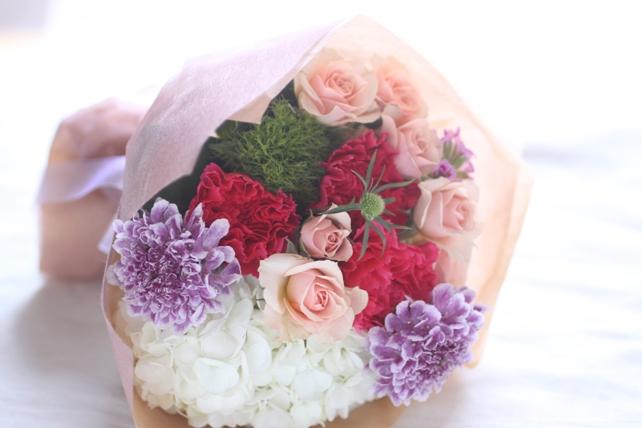 花束(生花)白紫陽花とピンク2