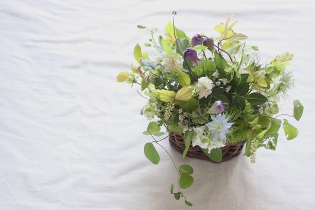 アレンジ(生花)小花のナチュラルなお供え花