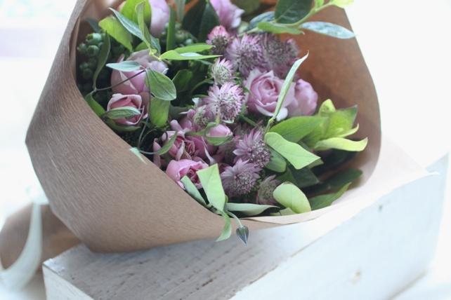 花束(生花)ご両親への贈呈用花束ピンク系2