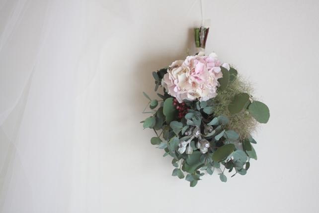 スワッグ(生花)ピンクの紫陽花とスモークツリーとユーカリ
