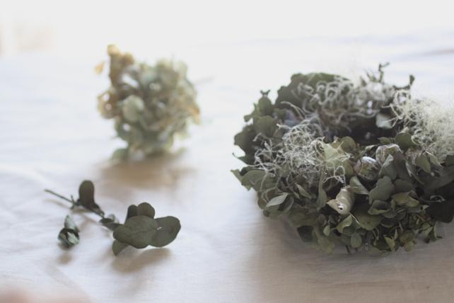 リース(ドライ)紫陽花とスモークツリーとユーカリ