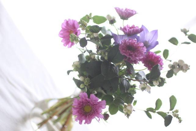 花束(生花)コスモスと実もの2