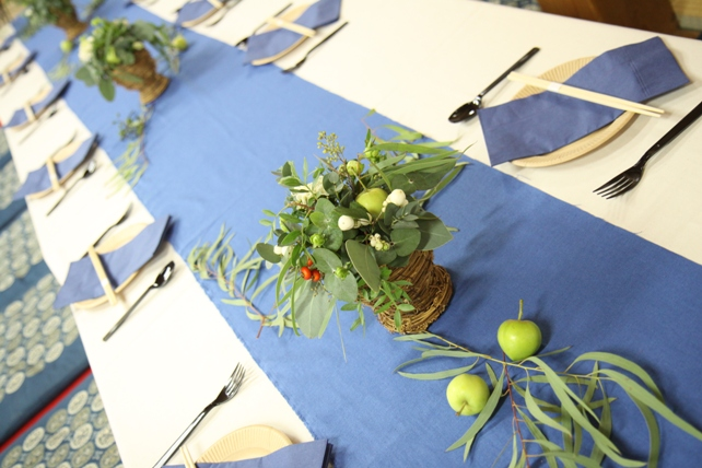装花(生花)ゲストテーブル・ユーカリたっぷり森のような空間3