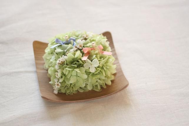 リングピロー(プリザーブドフラワー)木の器の紫陽花のリングピロー